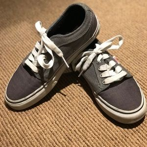 MENS VANS SKATEBOARD SHOE